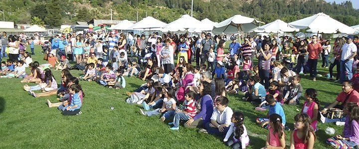 Grupo Hijuelas festejó a familias y niños en Navidad